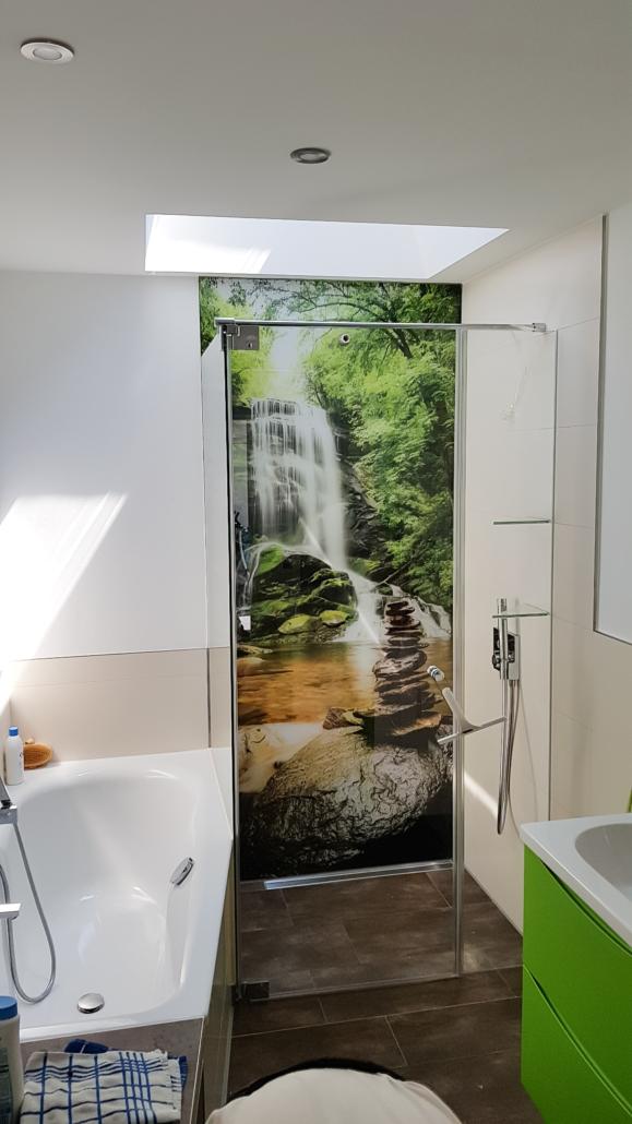 Dusche Rückwand Wasserfall